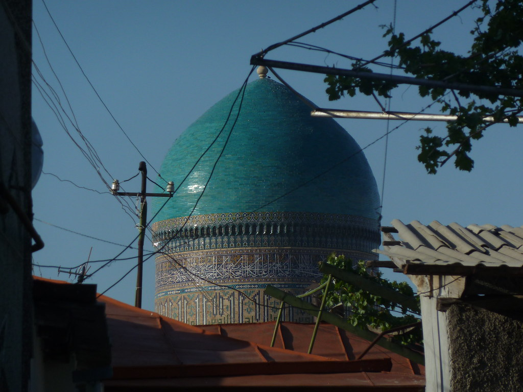 Mausoleu de Bibi-Khanim vist des del barri jueu, Samarcanda (Uzbekistan)