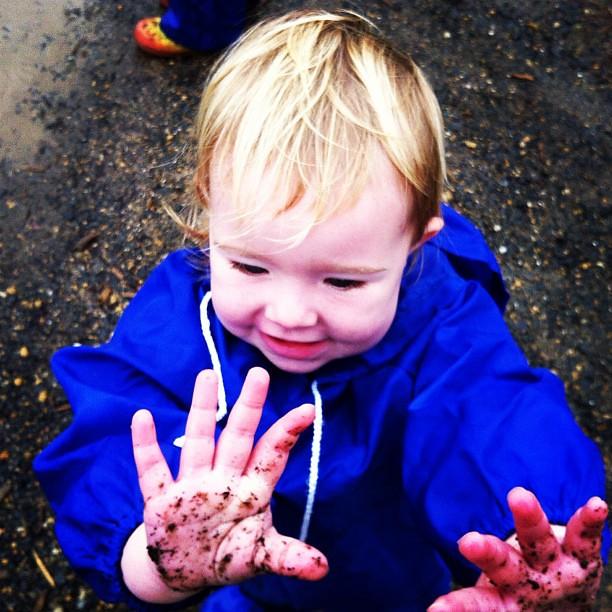 Muddy puddles #owlets #play #rainydayfun