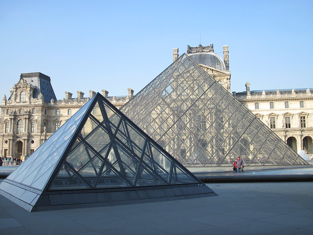 Pyramide du louvre 3 flickr photo sharing - Pyramide du louvre 666 ...