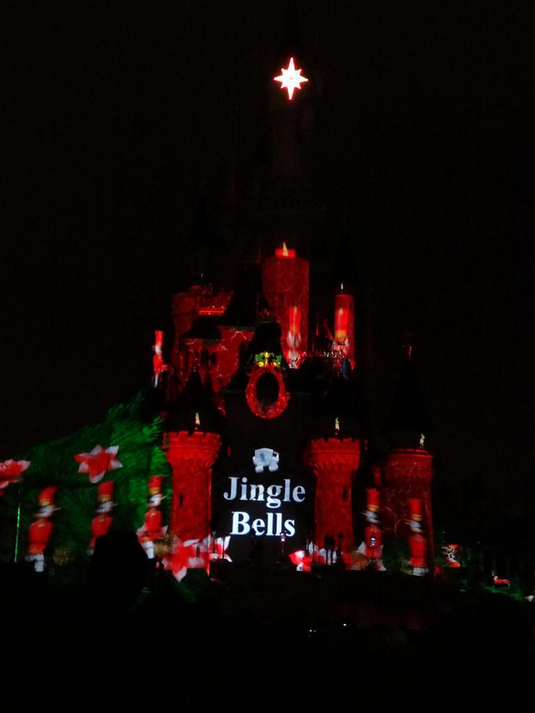 Un séjour pour la Noël à Disneyland et au Royaume d'Arendelle.... - Page 4 13709728215_72d9c4d732_b