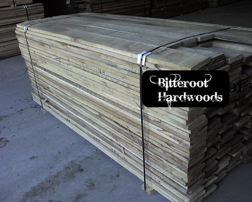 Pulled to width 4/4 FAS1F white oak - 5 inch strips