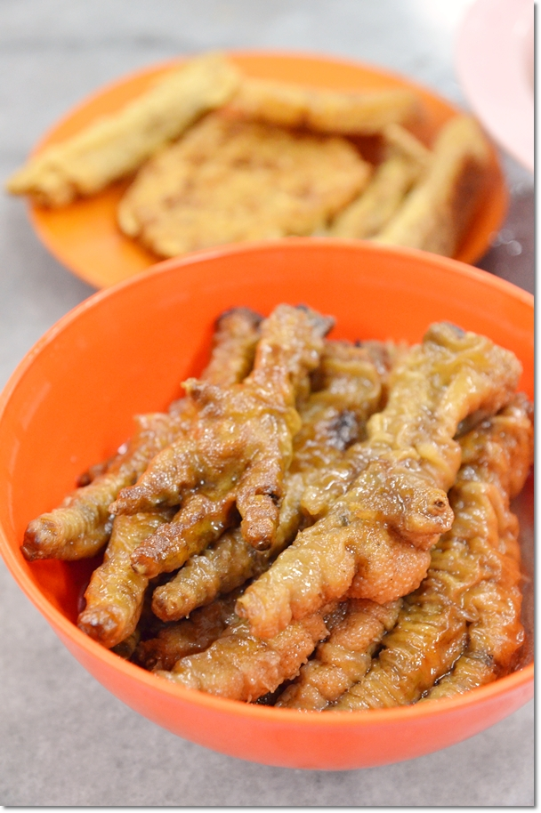 Braised Chicken Feet