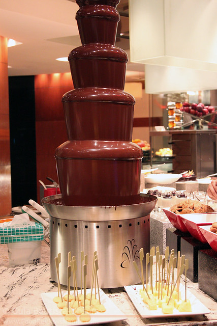 Circles chocolate fountain