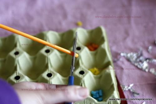 Manualidades con reciclaje: hacer mariposas con papel albal y pajitas