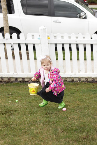 Easter egg hunt at Grandview Park