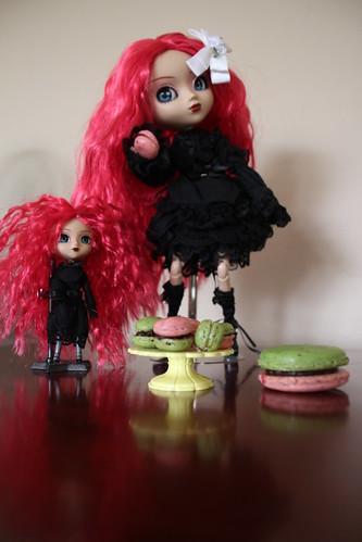 Cornice and mini macs