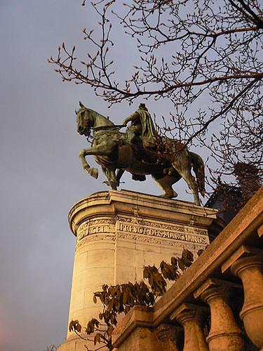 statue d'etienne marcel.jpg
