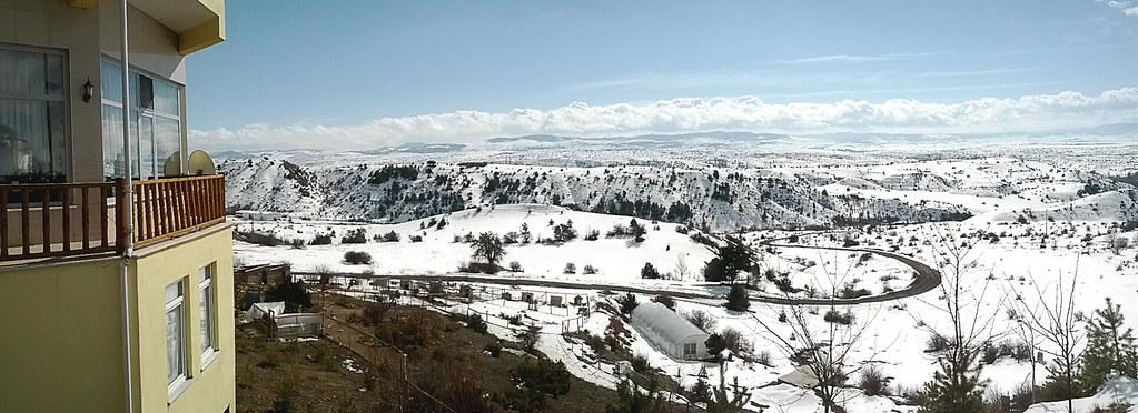 休息站外的雪景