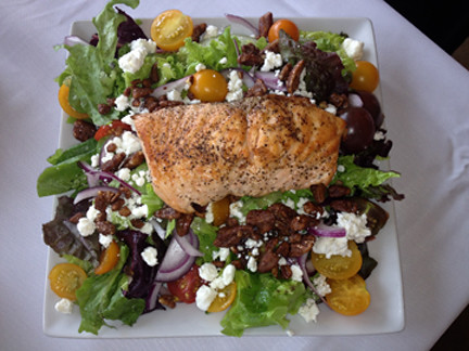 Seared Salmon Salad