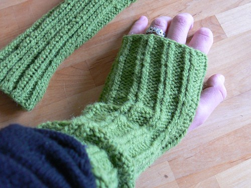 Jenny: Fingerless Gloves