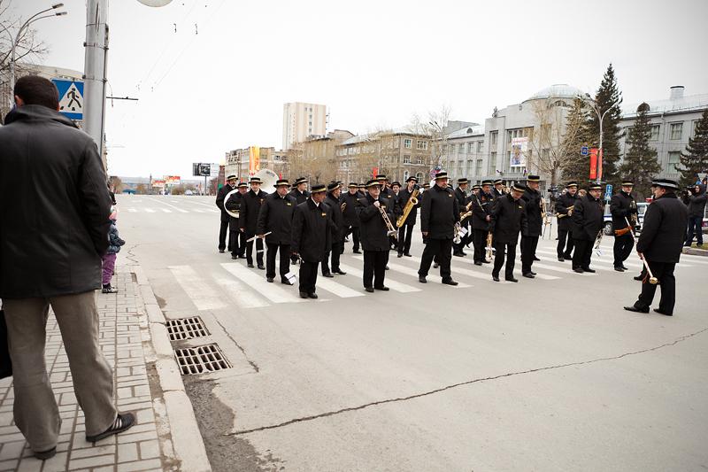 Репортажная фотосъемка, Новосибирск, духовой оркестр, парад 1 мая