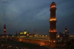 Badshahi Mosque, From Cocoos's den 15 mins after sunset