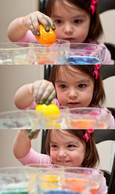 egg coloring 3
