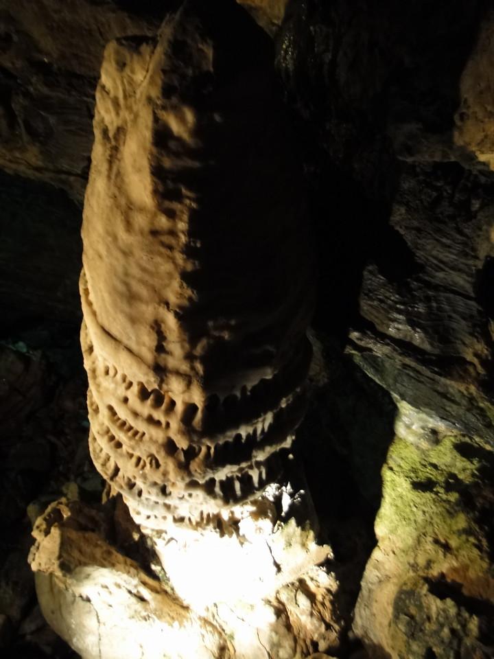 75-2apr12_3014_Howe Caverns_Adirondacks