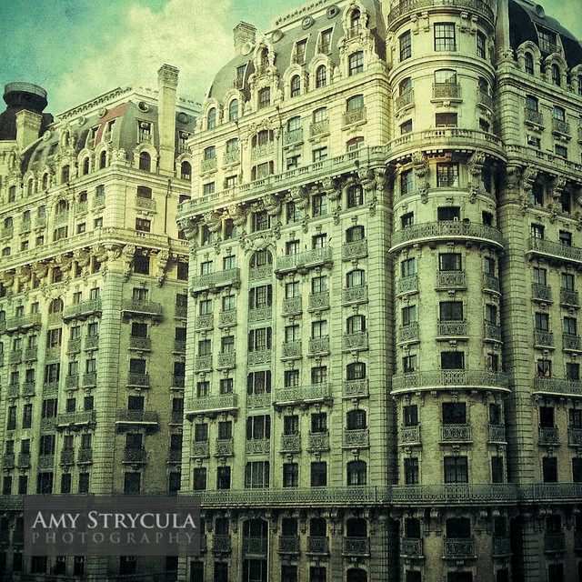 Aparments In Nyc: Beautiful Old Apartment Building, New York City