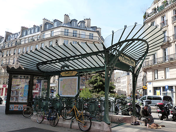 station châtelet.jpg