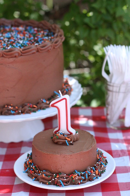 Vanilla Layer Cake With Easy Fudge Frosting A First Birthday Party