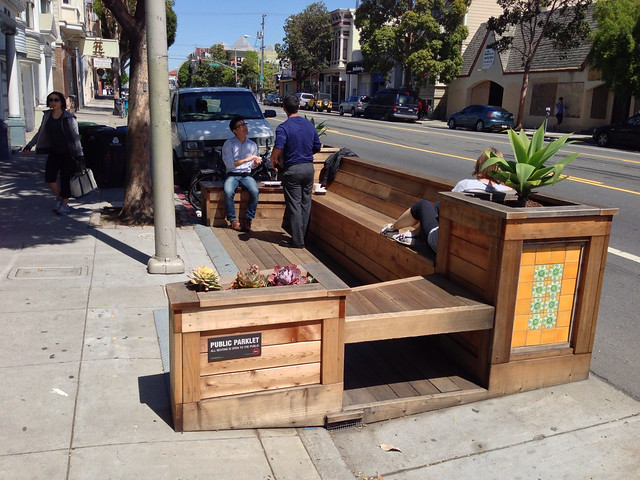 San Francisco Parklet (cc) Paul Krueger @ Flickr.com