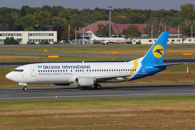 Ukraine International - B734 - UR-GAX (4)