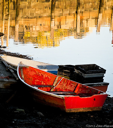 Little Red Skiff, Rockport, Ma by Genny164