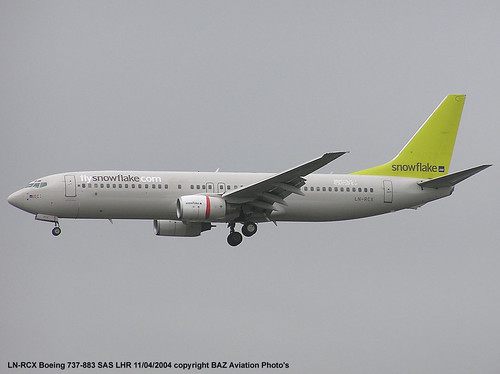 LN-RCX B.737-883 Snowflake-SAS [27L](lhr) 11-04-04