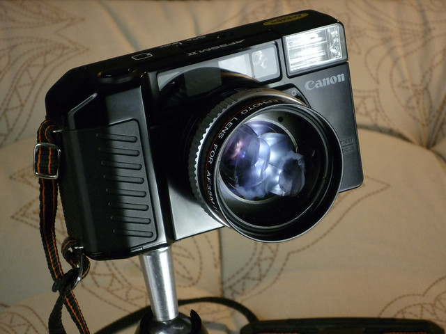 Canon AF35M II z telenasadką