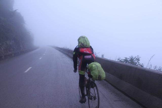 hanoi bike tour