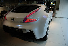 automobile, automotive exterior, exhibition, wheel, vehicle, performance car, automotive design, bumper, concept car, land vehicle, luxury vehicle, supercar, sports car,