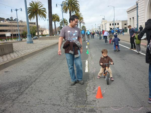 2012_0311_SundayStreets-embarcadero-SF_51