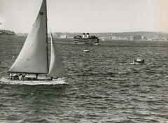 Boating on Sydney Harbour, Sydney (NSW)