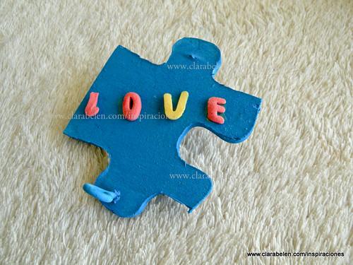 Manualidades para San Valentín: colgador con un puzzle