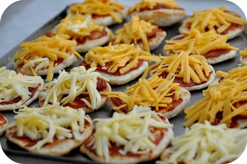 Mini Whole Wheat Pizzas