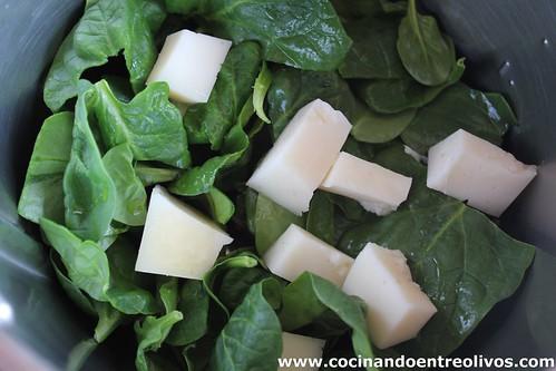 Crema de vigilia y pestiños de espinacas y manchego (2)