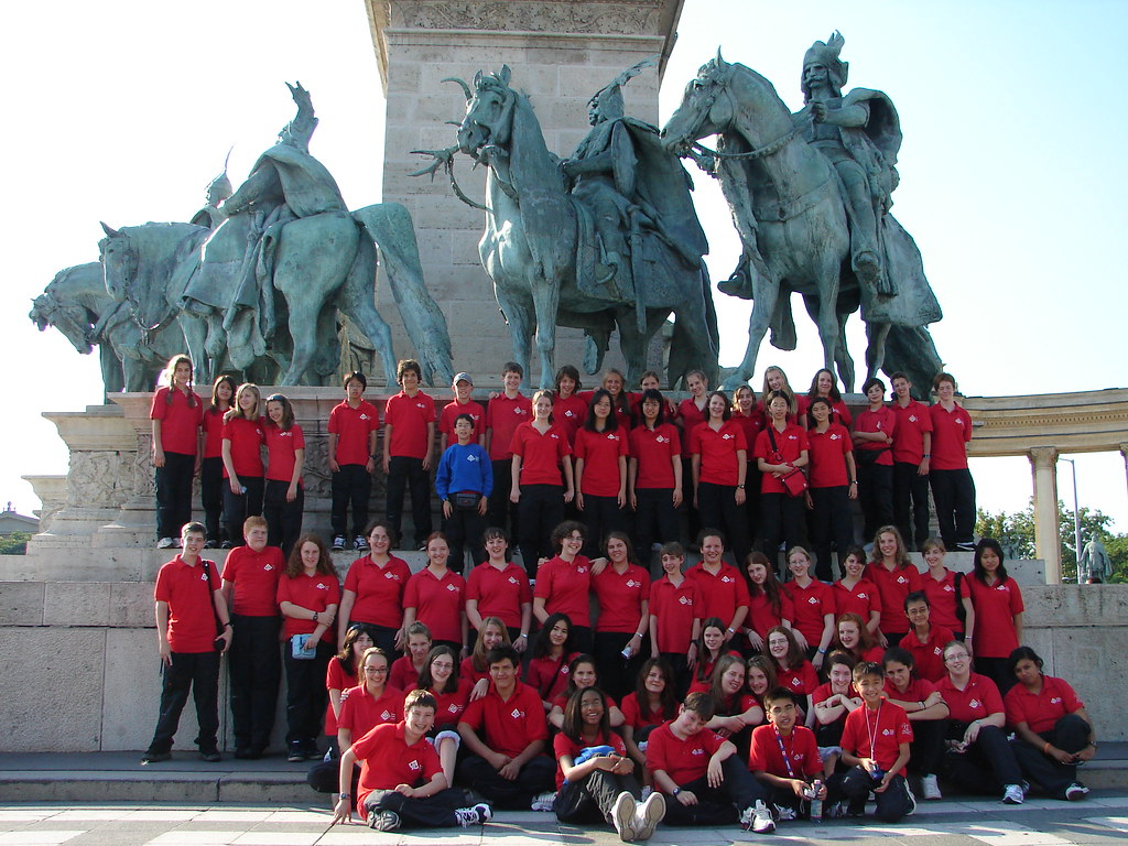 Toronto Children's Chorus at Heroes' Square in Budapest, Hungary
