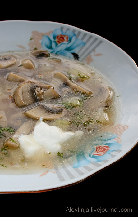 Суп с шампиньонами и гречкой