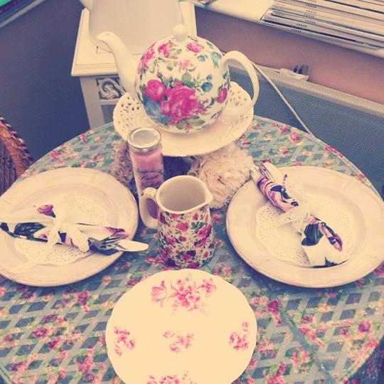 props_teacups