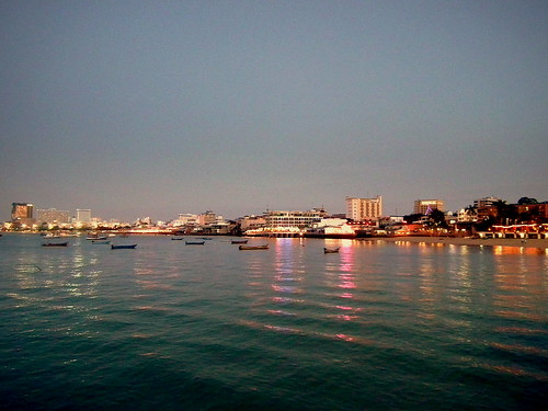 PATTAYA BEACH THAILAND JAN 2012