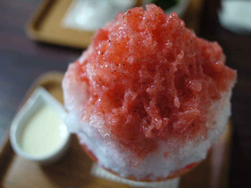 Japanese shaved ice dessert - Double Strawberry