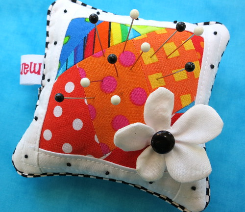 2012 Pincushion w/ Flower