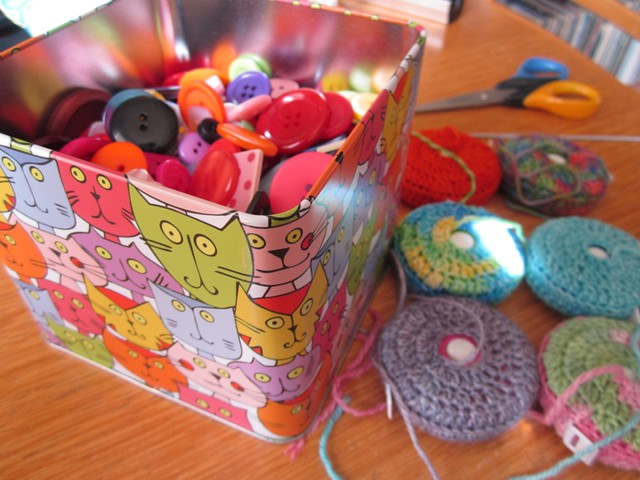 crochet tape measure cases tutorial (35)