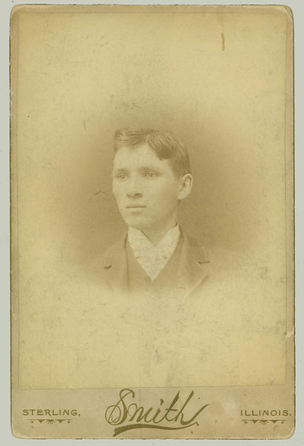 Cabinet Card portrait man w curly hair