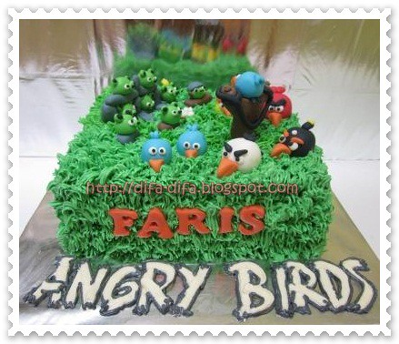 Angry Bird Cake for Faris by DiFa Cakes
