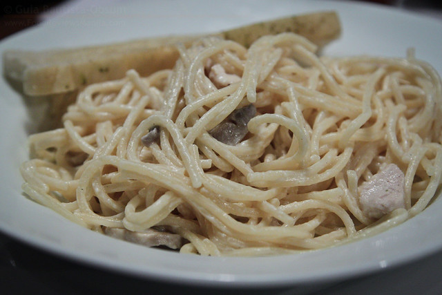 Old Spaghetti House Chicken and Mushroom Pasta