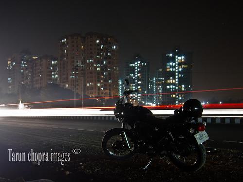 road travel india night canon photography nightshot trails motorbike motorcycle gurgaon longexpose s100 canons100 canonpowershots100 twinsparkthunderbird indiatravelphotography valleyviewappartments gurugram