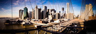 View of Manhattan from the Brooklyn bridge, New York City (NYC), USA... Panorama de New York (Manhattan) vu du pont de brooklyn.