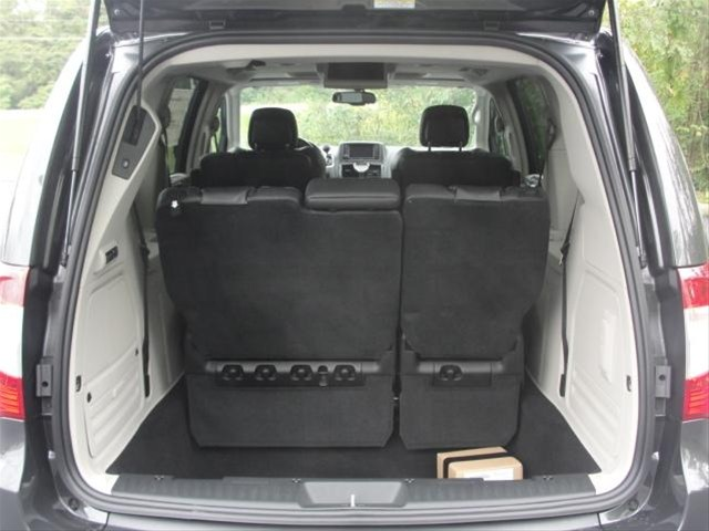 chrysler town country cargo space dimensions. Black Bedroom Furniture Sets. Home Design Ideas