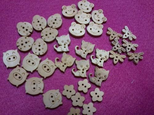 Botões de madeira mdf by ♥Paninhos em forma de amor♥