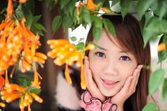 [フリー画像素材] 人物, 女性 - アジア, 人物 - 花・植物, 台湾人 ID:201202220200