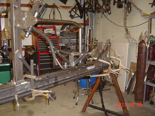 kyle_malinky_1967_bonneville_2012_salt_flats_race_  bike_frame_fabrication_1