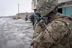 [Free Images] Wars, Soldiers, Rifle, American Forces, Landscape - Afghanistan ID:201202260000